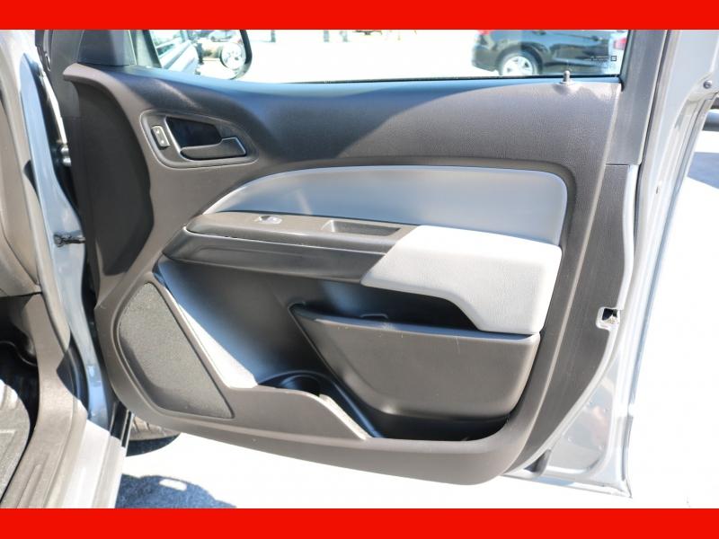 Chevrolet Colorado 2019 price $27,990