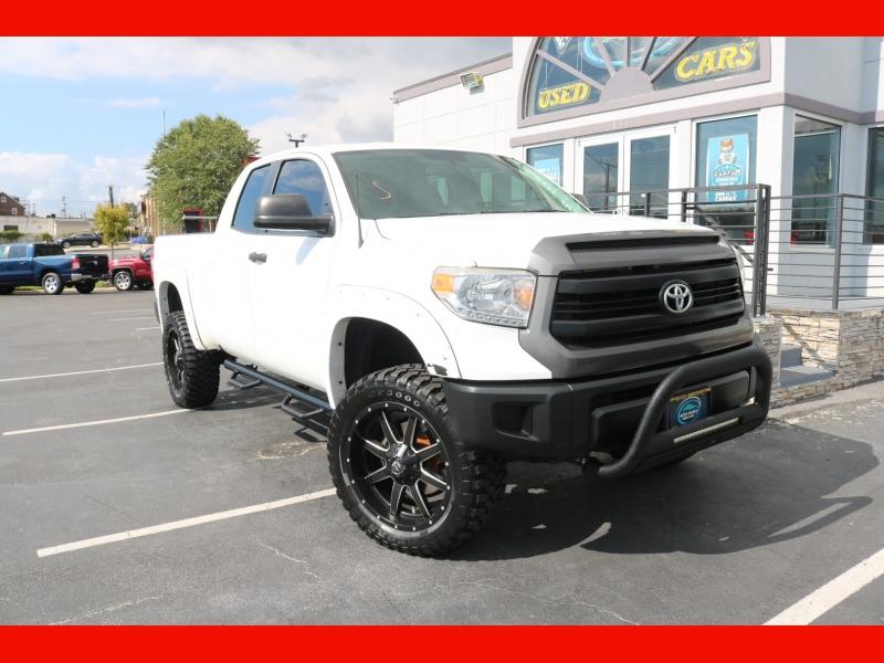 Toyota Tundra 4WD Truck 2014 price $29,990