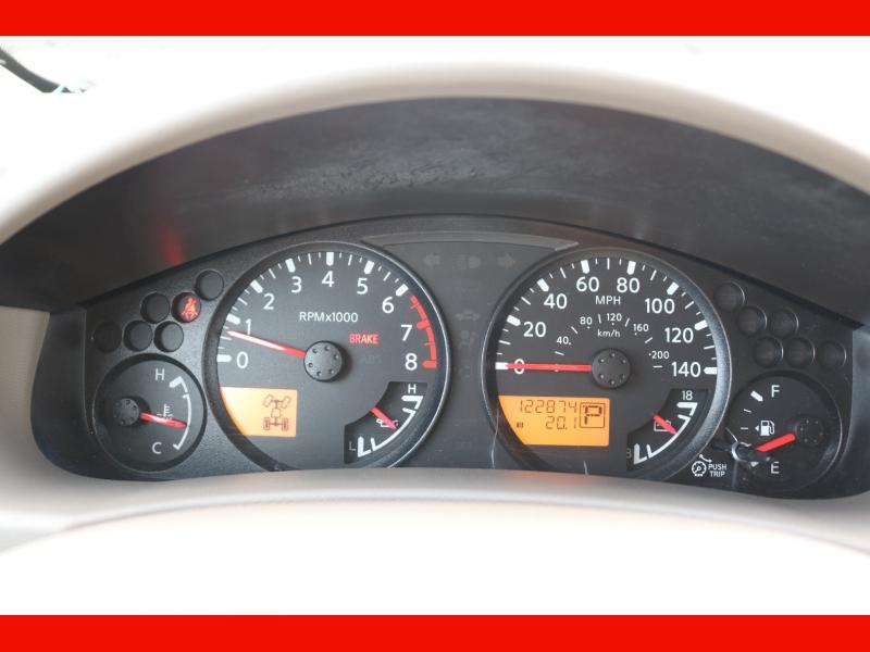 Nissan Frontier 2011 price $17,990