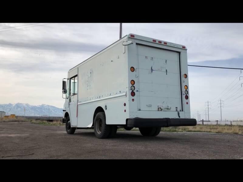 Workhorse P42 2002 price $7,990
