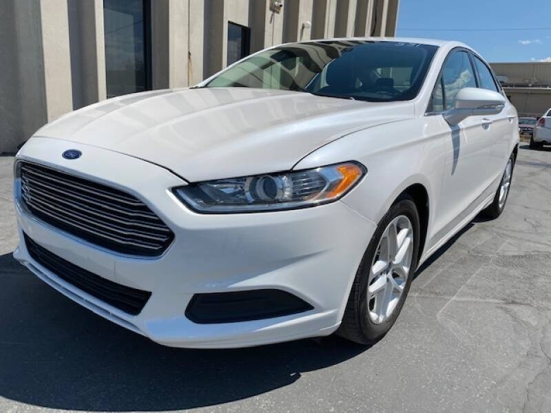 Ford Fusion 2016 price $9,990
