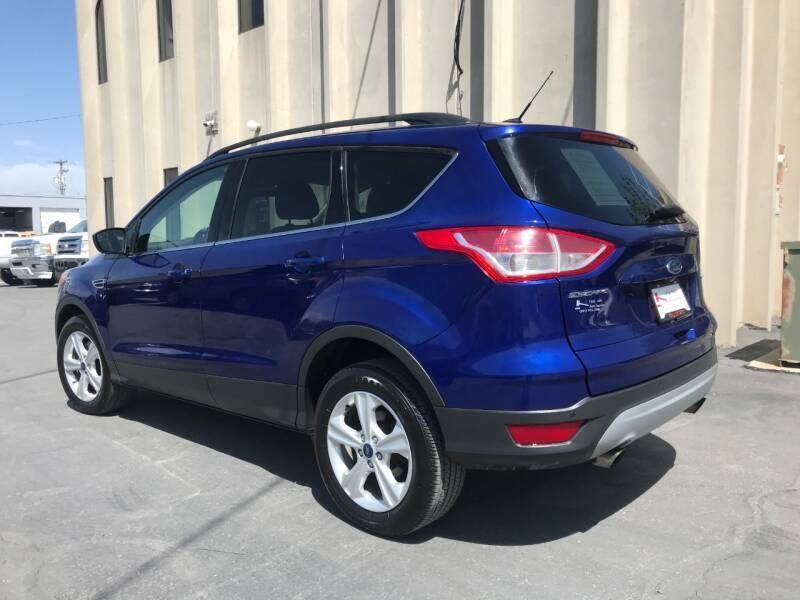 Ford Escape 2016 price $10,500