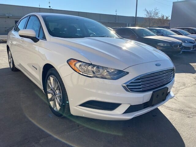 Ford Fusion Hybrid 2017 price $13,990