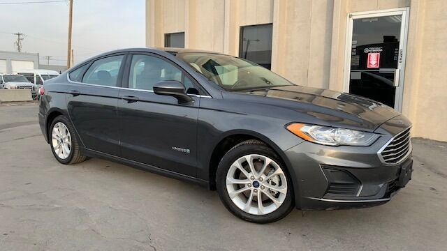 Ford Fusion Hybrid 2019 price $15,900