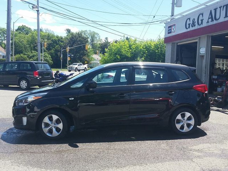 Kia Rondo 2014 price $7,995