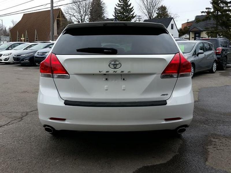 Toyota Venza 2012 price $15,995