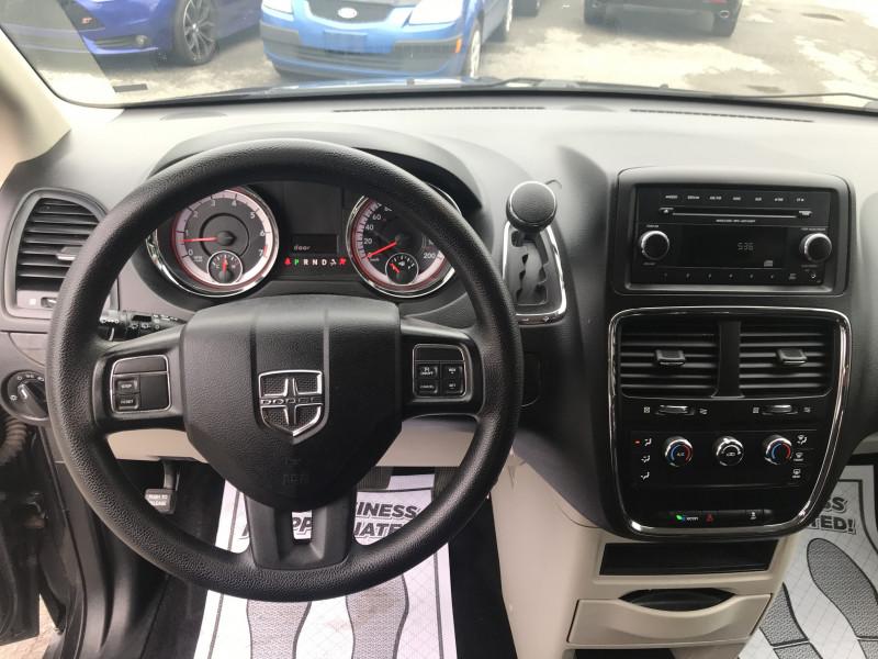 Dodge Grand Caravan 2015 price $11,995