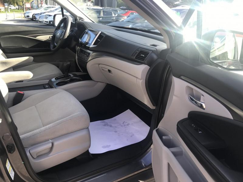 Honda Pilot 2016 price $26,995