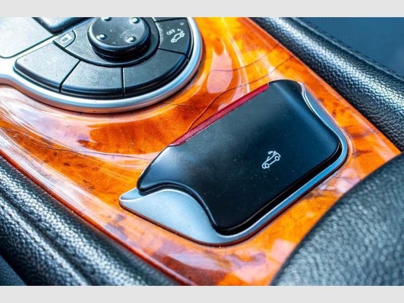 Mercedes-Benz SL500 2005 price $9,727