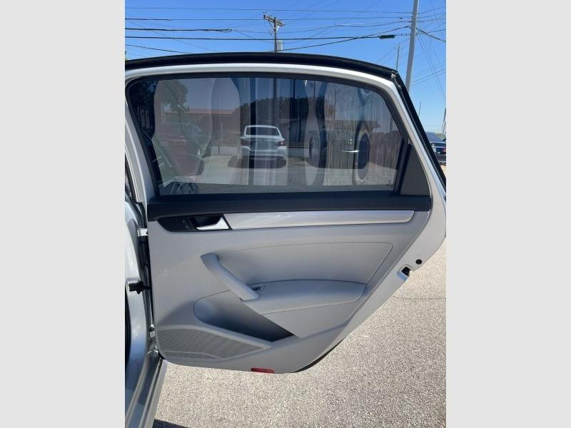 Volkswagen Passat 2015 price $15,050