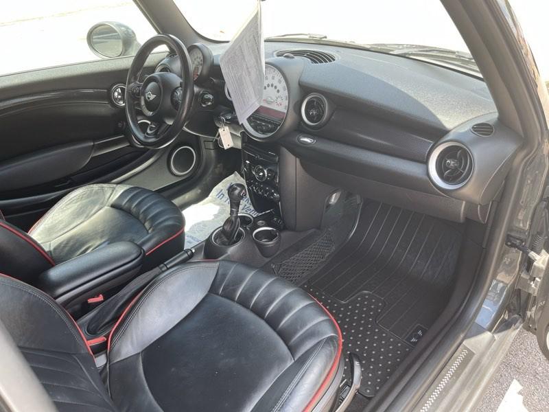 MINI Cooper Hardtop 2013 price $12,350