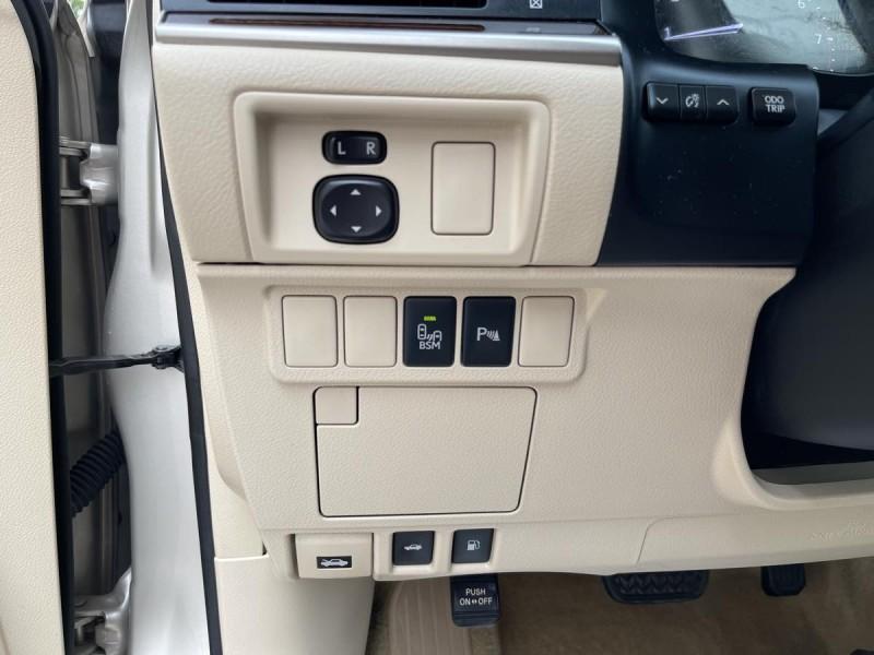 Lexus ES 350 2015 price $23,000