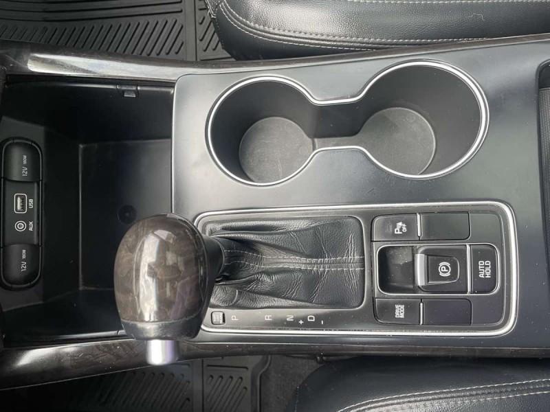 Kia Sorento 2017 price $20,500