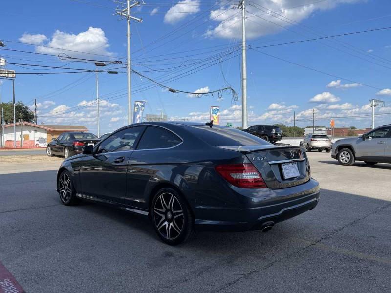 Mercedes-Benz C 250 2014 price $19,000