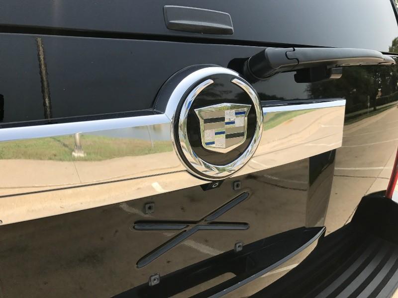 Cadillac Escalade 2007 price $14,900
