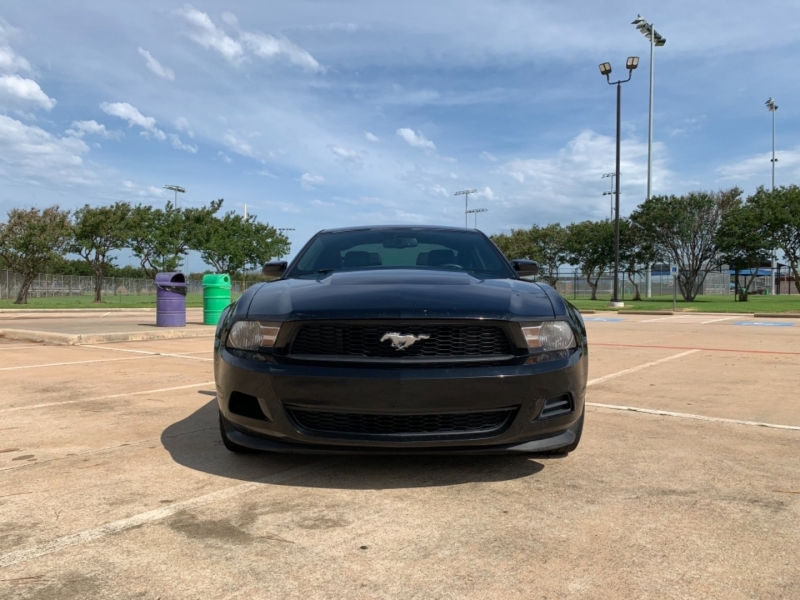 Ford Mustang 2012 price $11,500