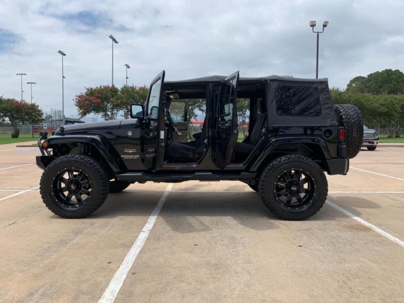 Jeep Wrangler Unlimited 2012 price $29,500