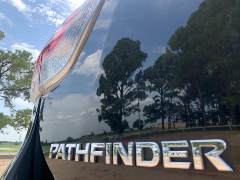 Nissan Pathfinder 2013 price $12,500