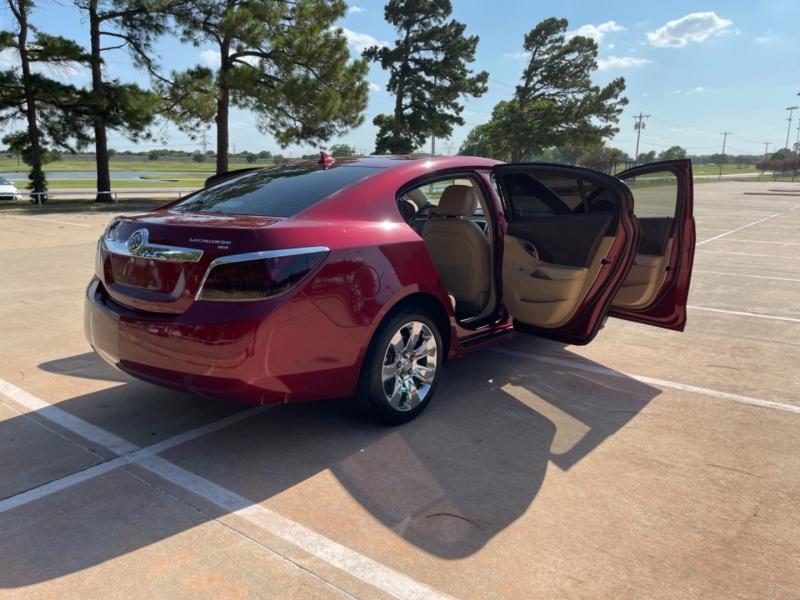 Buick LaCrosse 2010 price $9,900