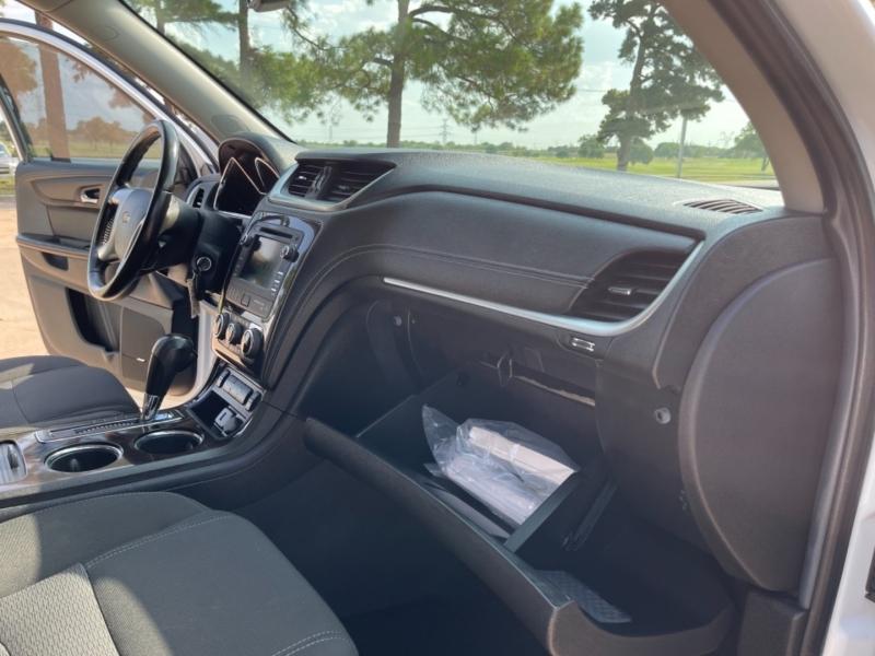 Chevrolet Traverse 2016 price $13,900