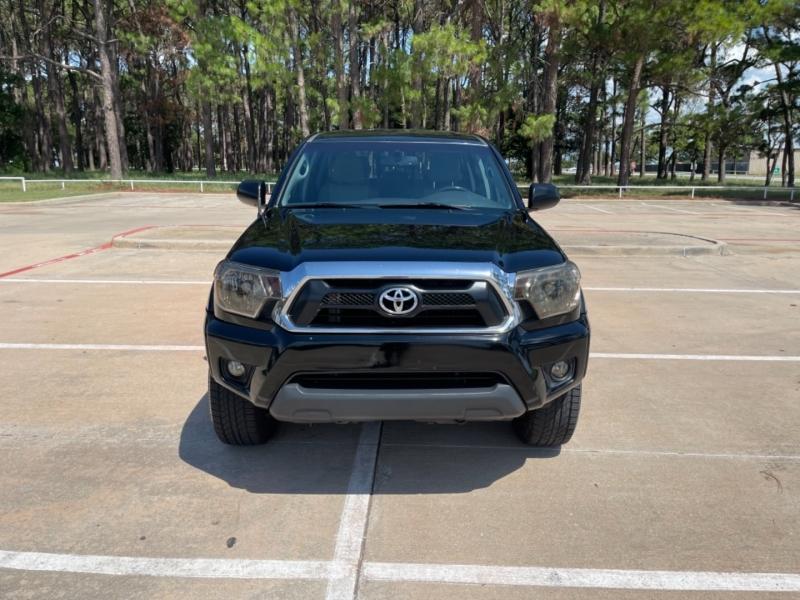 Toyota Tacoma 2013 price $18,900