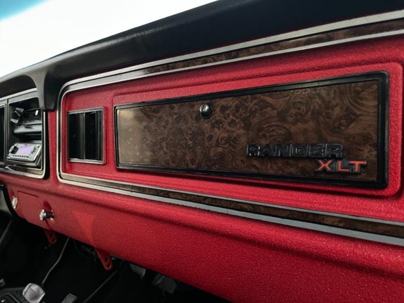 Ford Bronco 1979 price $35,900