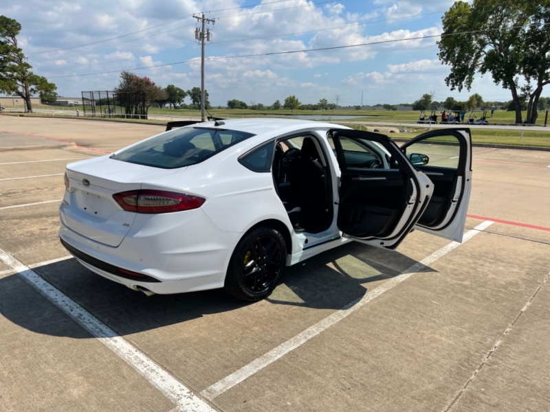 Ford Fusion 2014 price $14,900