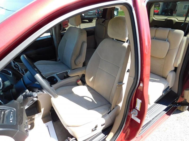 Dodge Grand Caravan 2014 price $18,900