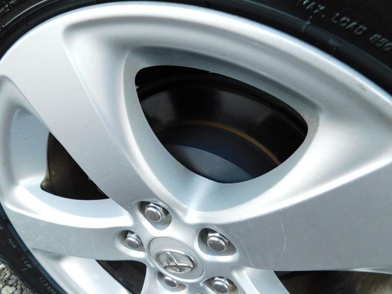 Toyota Sienna 2012 price $21,000