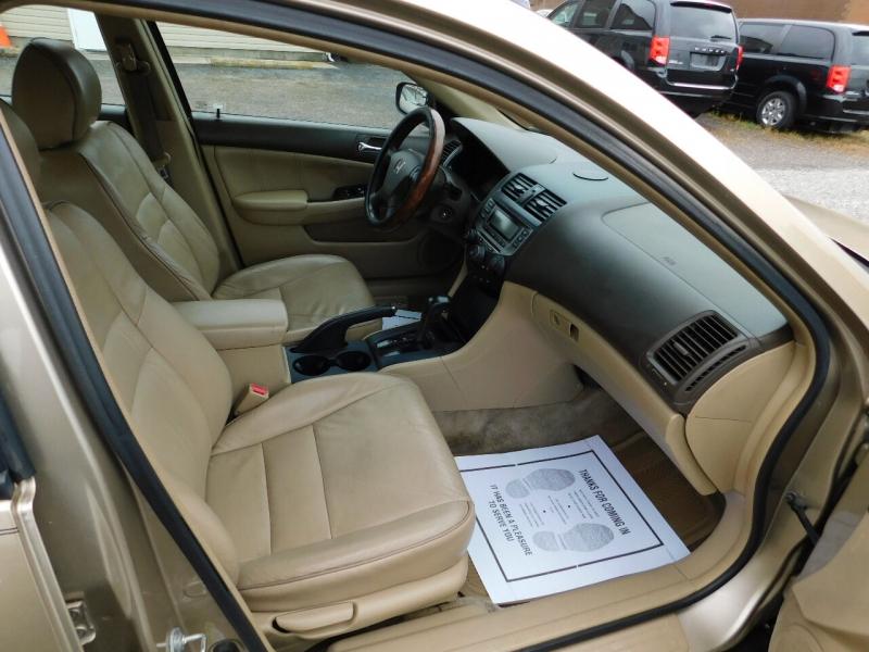 Honda Accord 2006 price $3,990