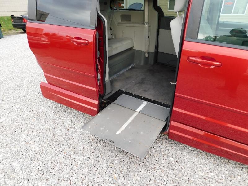 Dodge Grand Caravan 2010 price $11,900