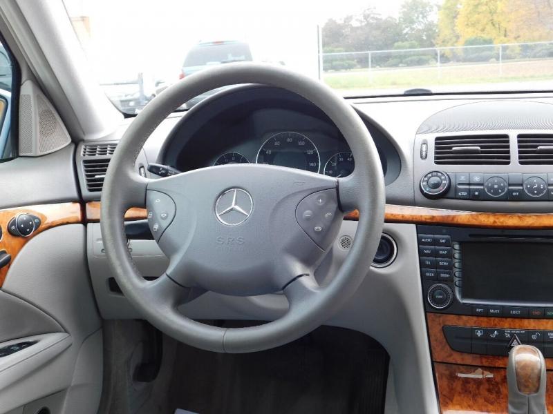 Mercedes-Benz E-Class 2006 price $3,990