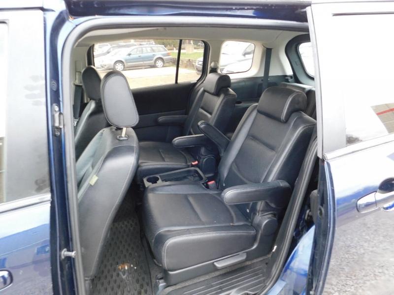 Mazda MAZDA5 2010 price $3,990