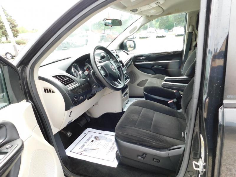 Dodge Grand Caravan 2013 price $13,990