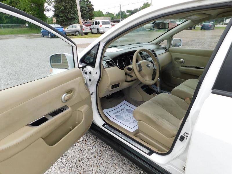 Nissan Versa 2008 price $3,990