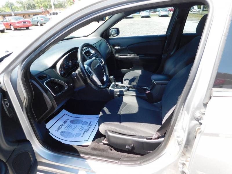 Chrysler 200 2014 price $8,500
