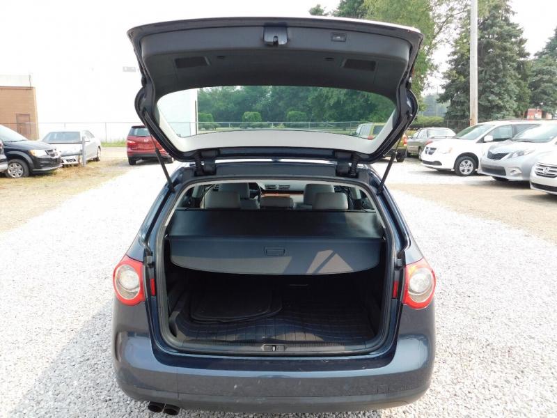 Volkswagen Passat 2007 price $6,990