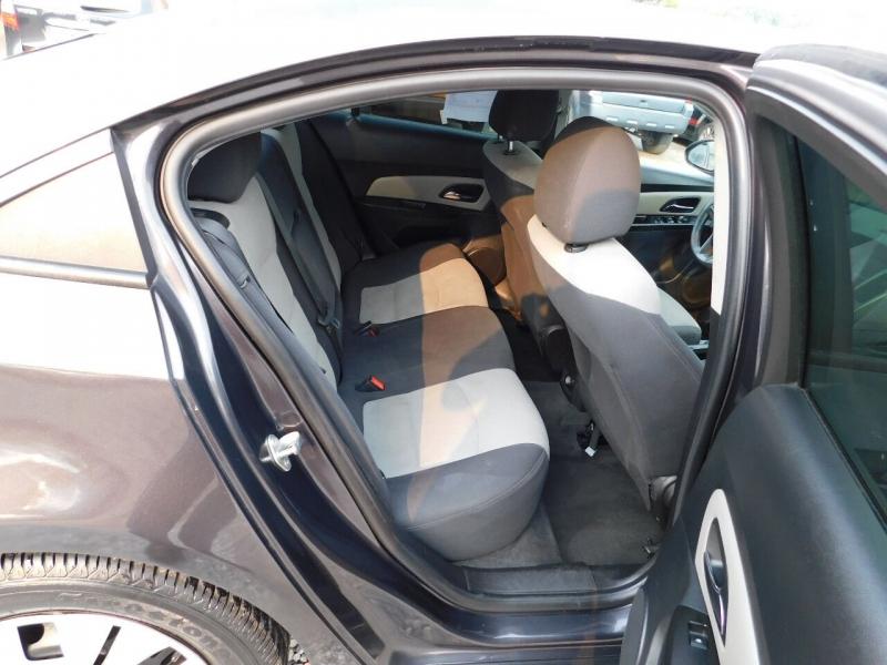 Chevrolet Cruze 2014 price $5,700