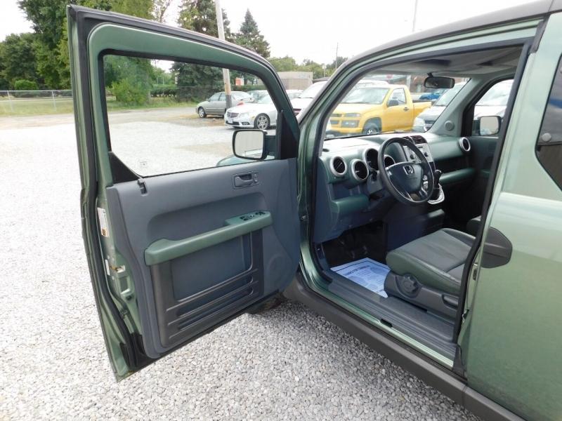 Honda Element 2004 price $4,990