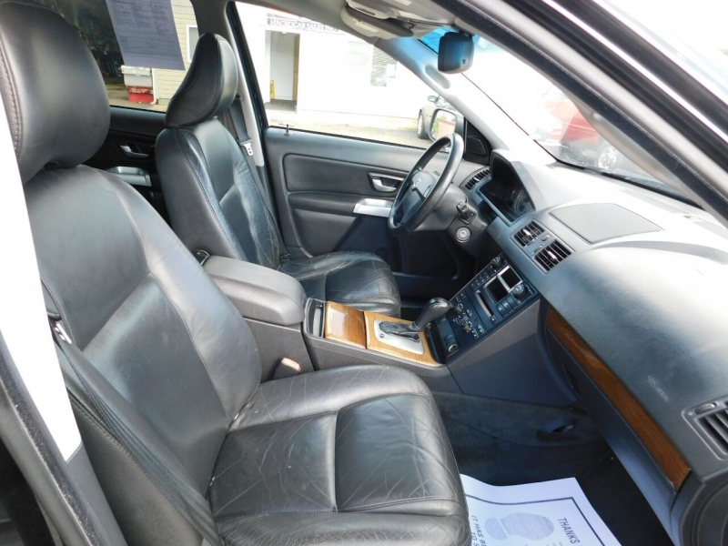 Volvo XC90 2006 price $4,990