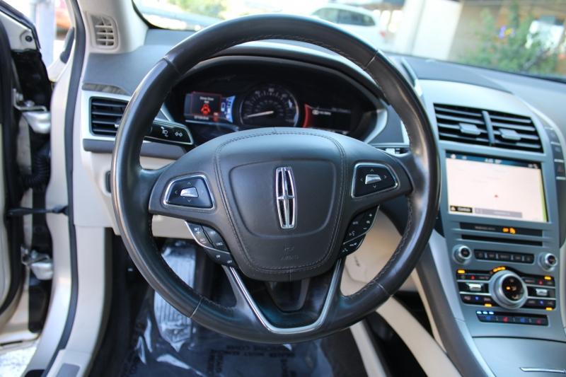 Lincoln MKZ 2017 price $18,995