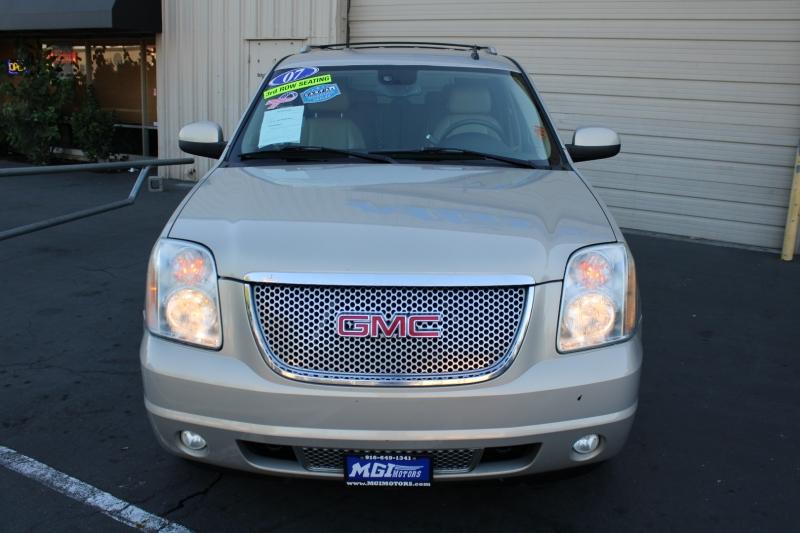 GMC Yukon XL 2007 price $9,995