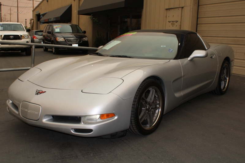 Chevrolet Corvette 1999 price $12,995
