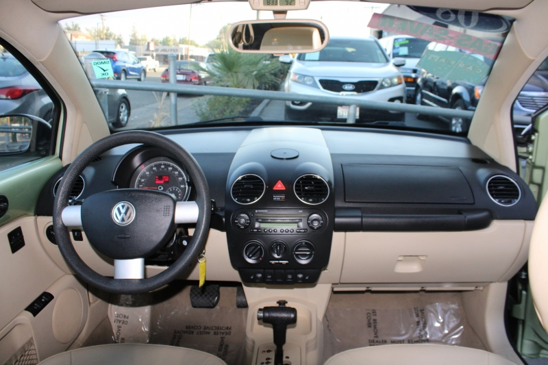 Volkswagen New Beetle Coupe 2008 price $6,777