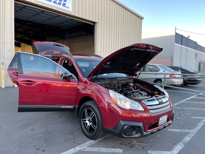 Subaru Outback 2013 price $10,995