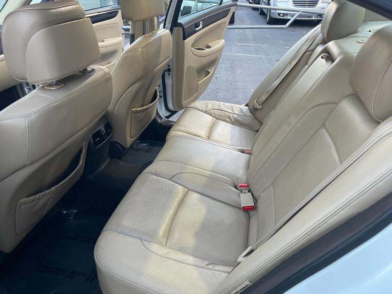 Hyundai Genesis 2011 price $9,995