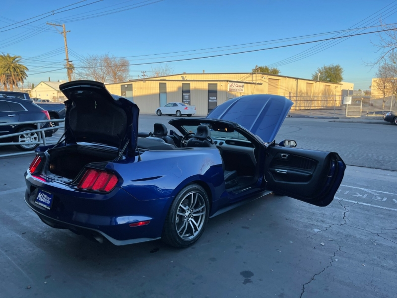 Ford Mustang 2015 price $15,995