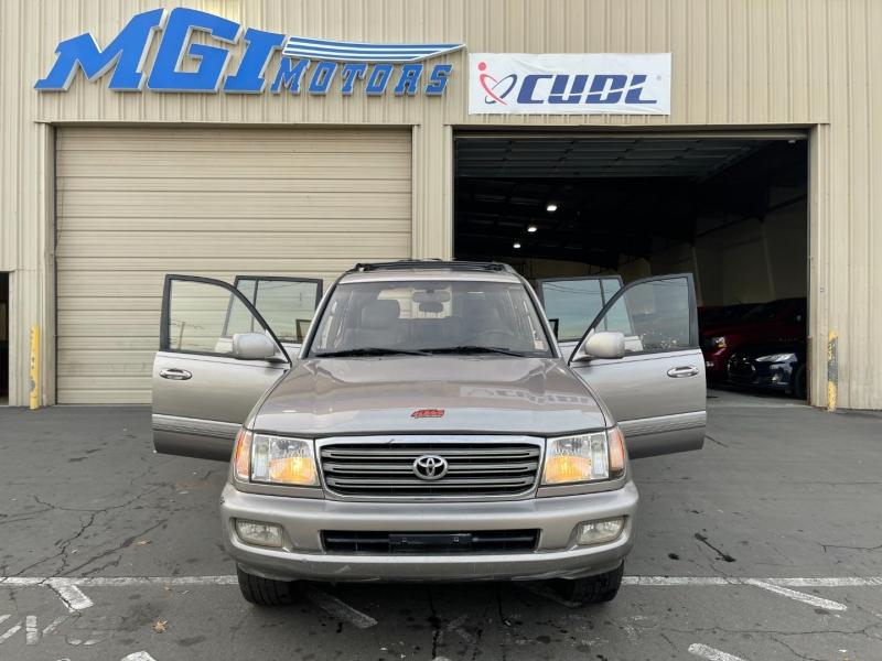 Toyota Land Cruiser 2003 price $8,900