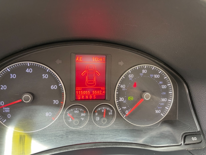 Volkswagen Eos 2009 price $8,777