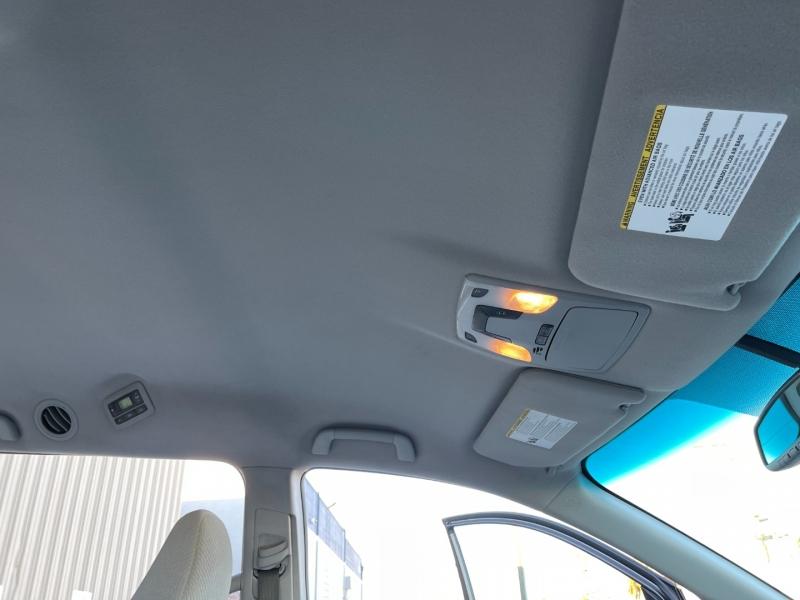 Toyota Sienna 2014 price $15,500